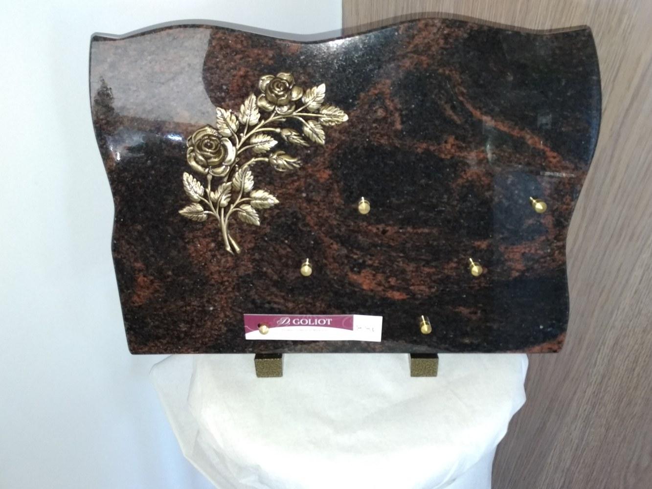 Granit Jasmine White et granit noir fin